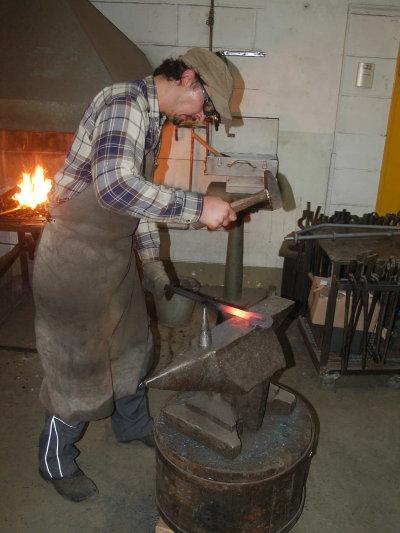 Schmiedearbeiten: Rekonstruktion Zuganker
