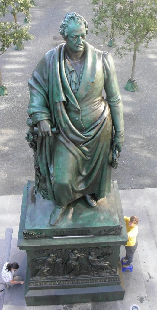 Goethe – Denkmal von oben