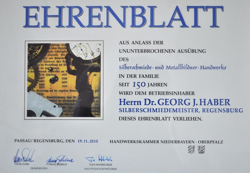 Verleihung des Ehrenblatts für 150 Jahre Silberschmiede- und Metallbildnerhandwerk an Dr. Georg Haber