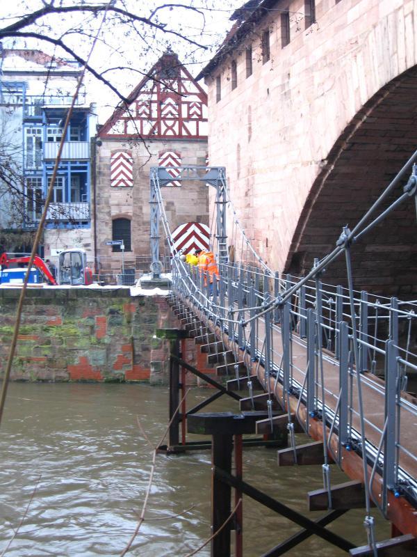 Nürnberg Kettensteg. Restaurierung einer historischen Hängebrücke von 1824