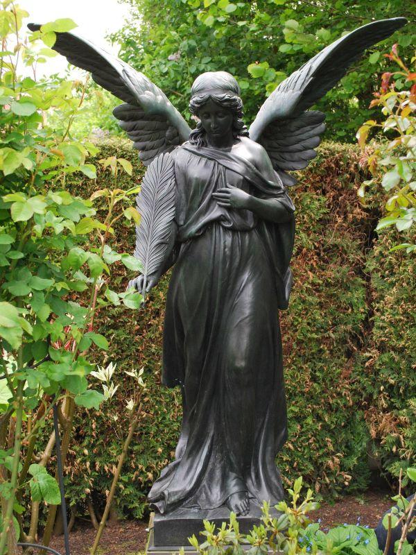 galvanoplastische Grabfiguren und Denkmäler