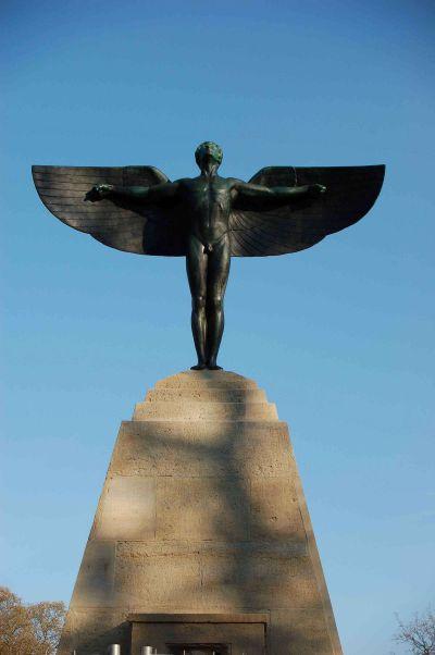 Lilienthaldenkmal nach Restaurierung
